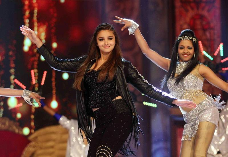 Poll of the Day   Who is the best female dancer in Bollywood?- Alia Dancing