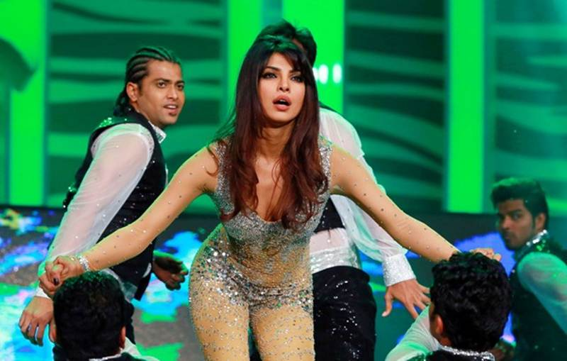 Poll of the Day   Who is the best female dancer in Bollywood?- Priyanka Dancing